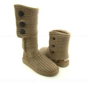 Ugg Oatmeal tall classic Cardy boots size 8